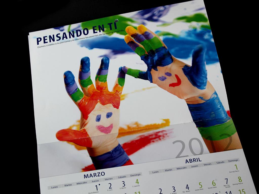 La cachila gr fica calendario caja granada bmn 2012 for Bmn caja granada oficinas