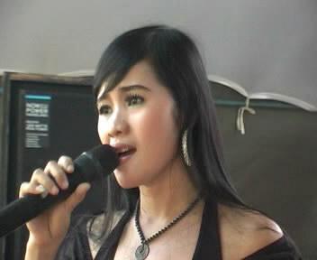 Layang Suworo - D'Angels