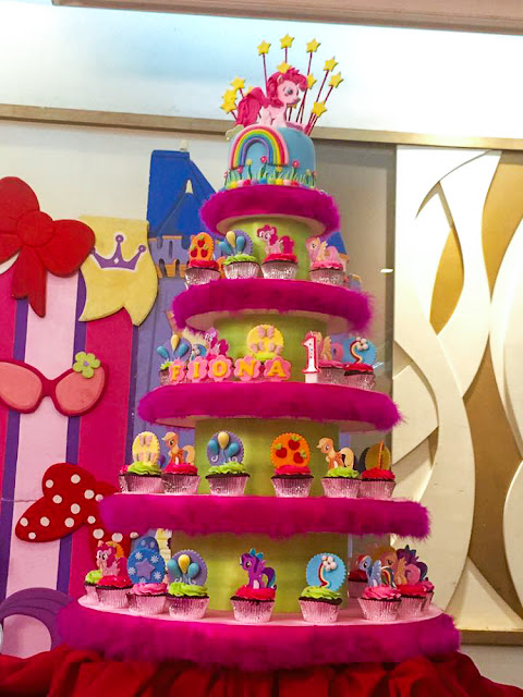 My Little Pony Cupcake tower
