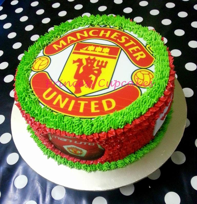 Princess Cupcakes Manchester United Cake