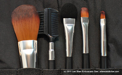 the uncurated life product review the body shop brush