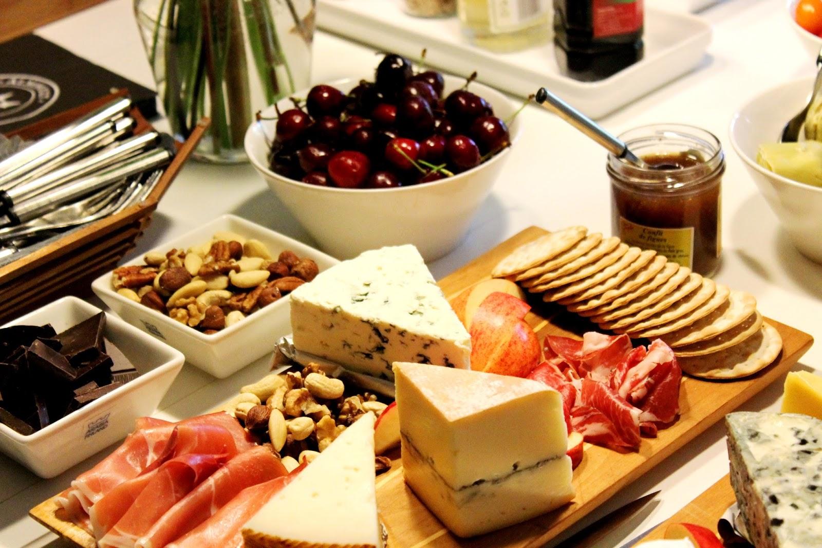 Table setting | Alinan kotona blog