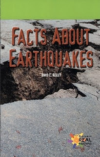 bookcover of Facts About Earthquakes by David E. Kegley
