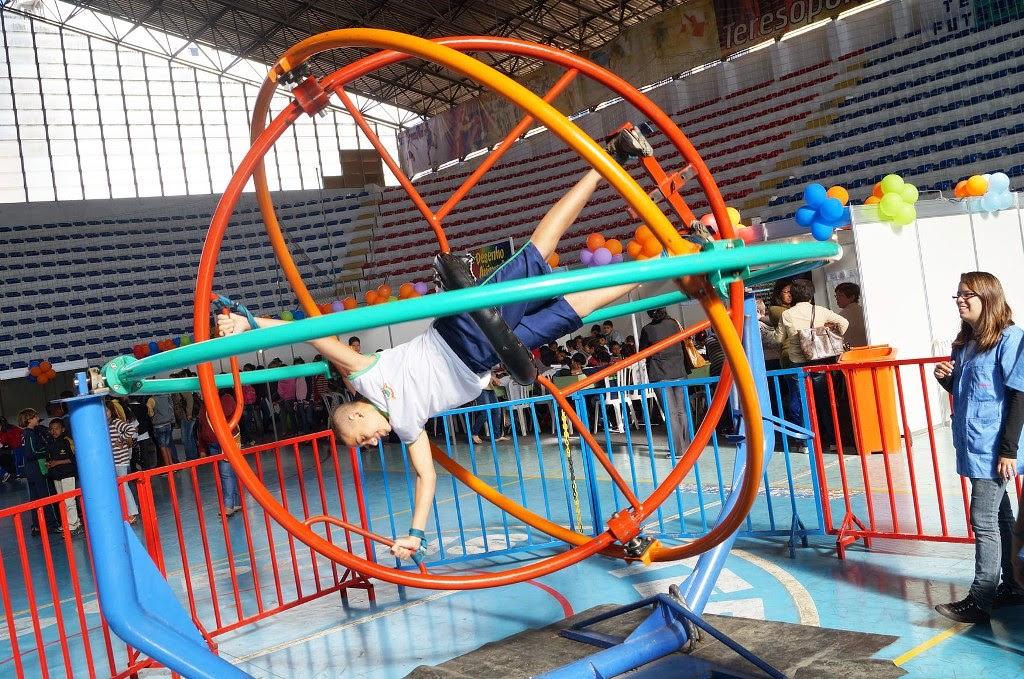 O girotech - um simulador de exercícios como os realizados pelos astronautas da Nasa – foi uma das atrações do Festival