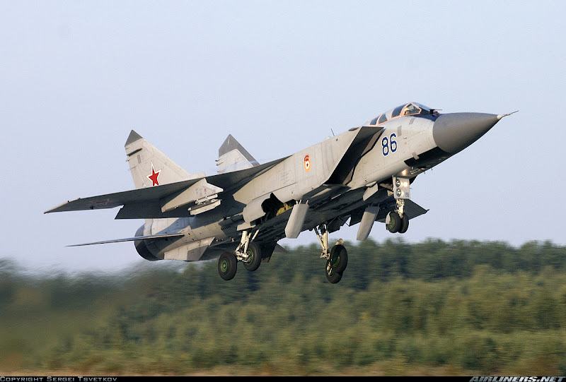MiG-31 Russian Fighter Interceptor Aircraft
