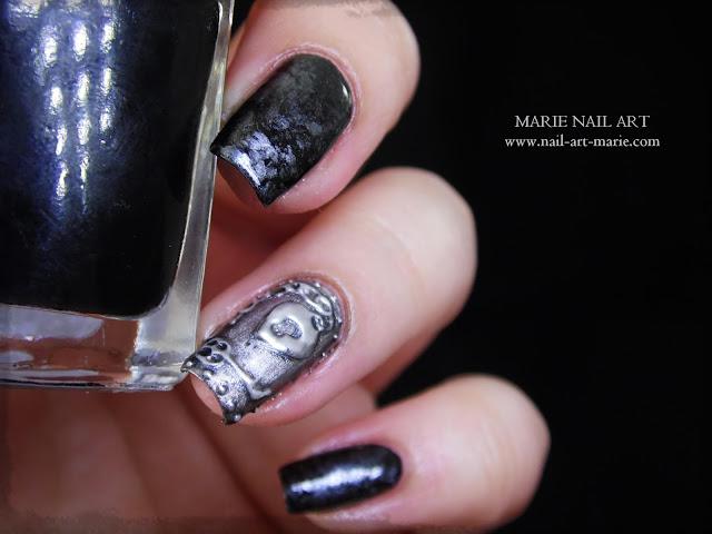 Nail Art effet Métal Ancien en 3D10