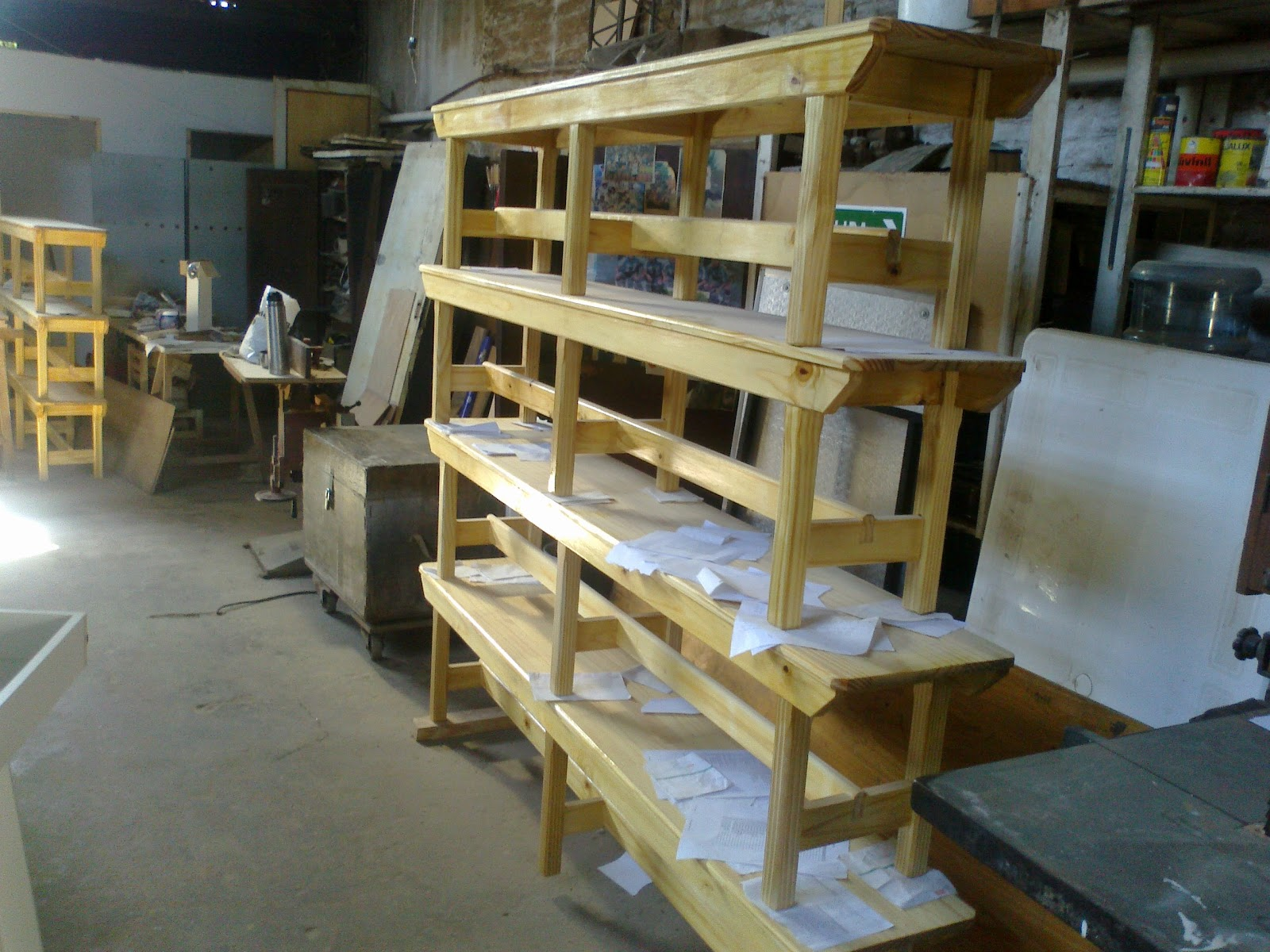 Proyectos Productivos ETIS: Bancos y mesas para comedores escolares ...