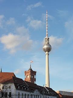 Alexanderplatz, fernsehturm, Rotes Rathaus
