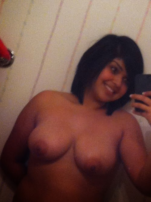 Desi Hot Nude Girls Photo Gallery indianudesi.com