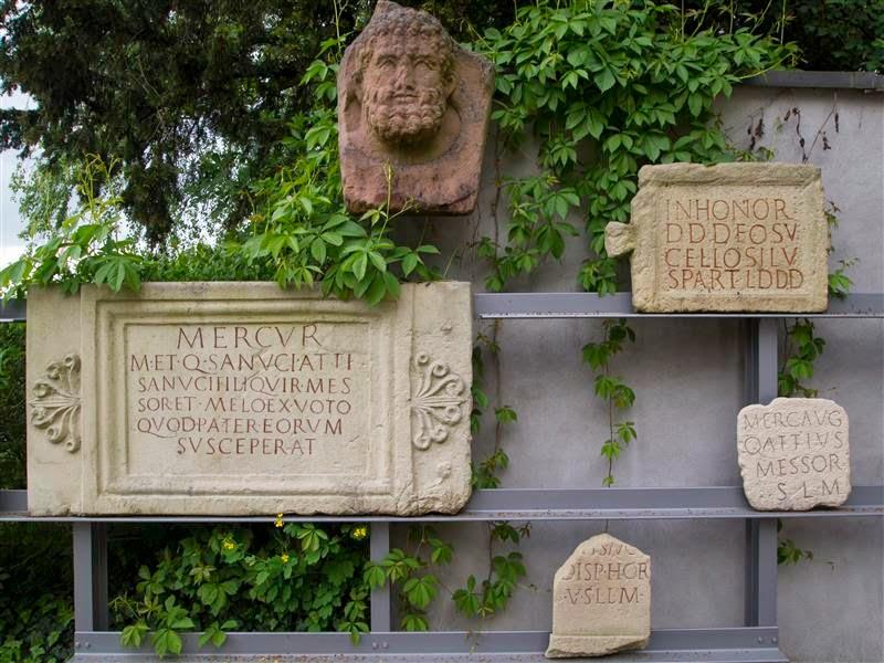 Augusta Raurica - Lápidas