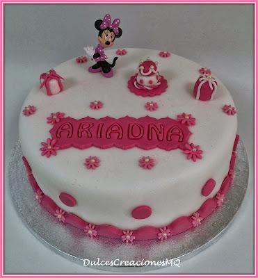 Tarta Minnie Mouse Pastel Cumpleaños Aniversario Rosa Niña Flores Fondant  Animación Cake Torta Disney