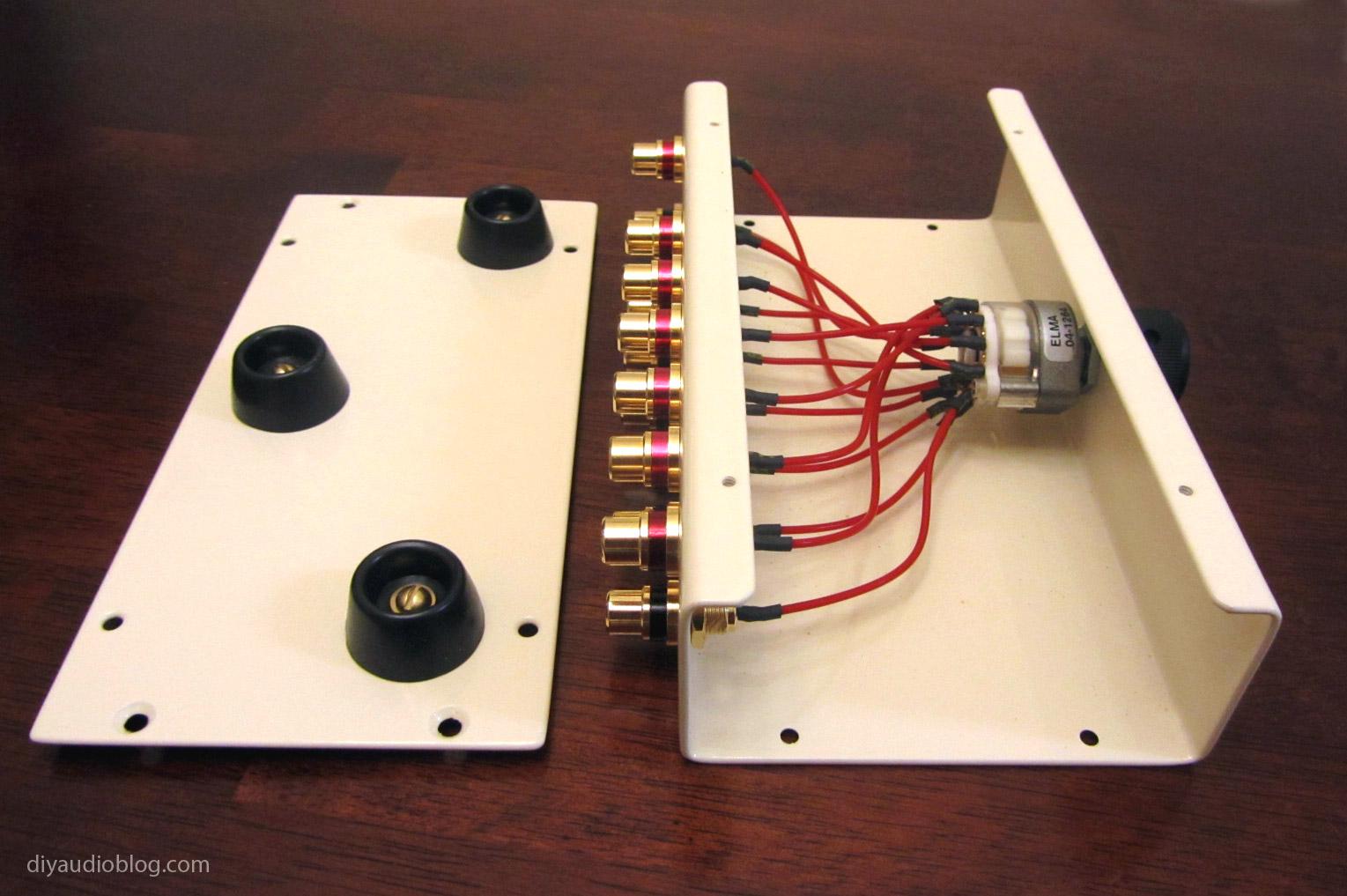 DIY Audio Electronics from Zynsonix.com: Custom RCA Switch Box for AudioDIY Audio Electronics from Zynsonix.com