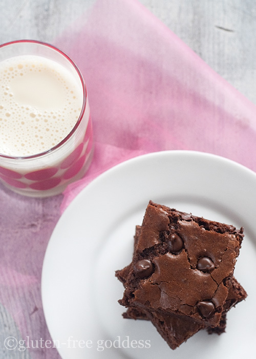 Dark chocolate brownies - the best gluten-free recipe