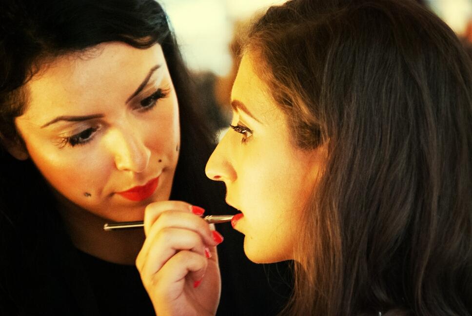 lipstick makeup beauty makeup artist backstage fashion show festival mode design Montreal