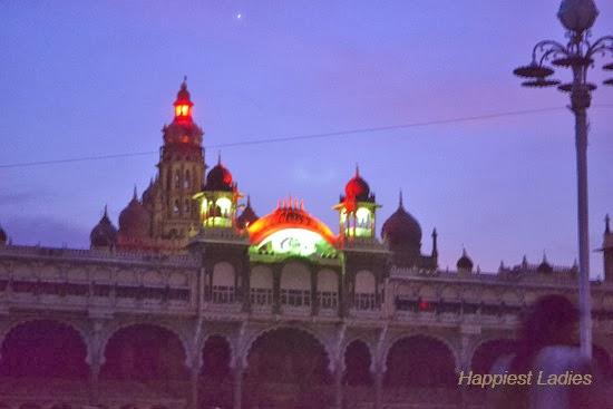 Mysore-Palace-+-Taj-Mahal