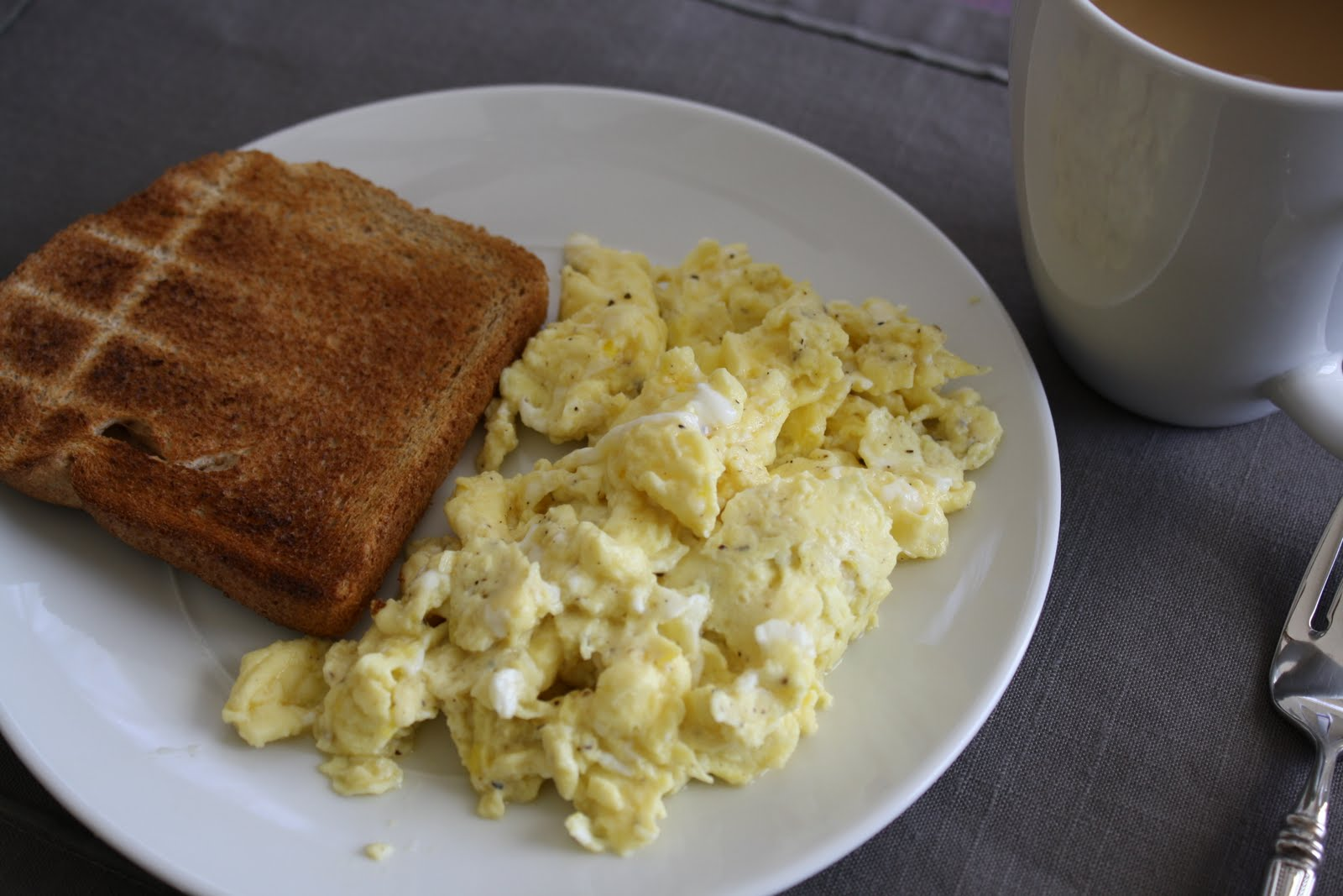 2 Scrambled Eggs 1 Egg White Whole Wheat Toast I Cant Eat Without Coffee