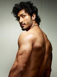 Vidyut-Jamwal-Bollywood-Actor-pics-2