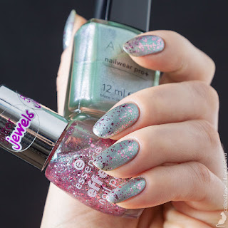 Avon Nailwear Pro + Chilling Teal + Essence Effect Nail Polish Glitz & Glam