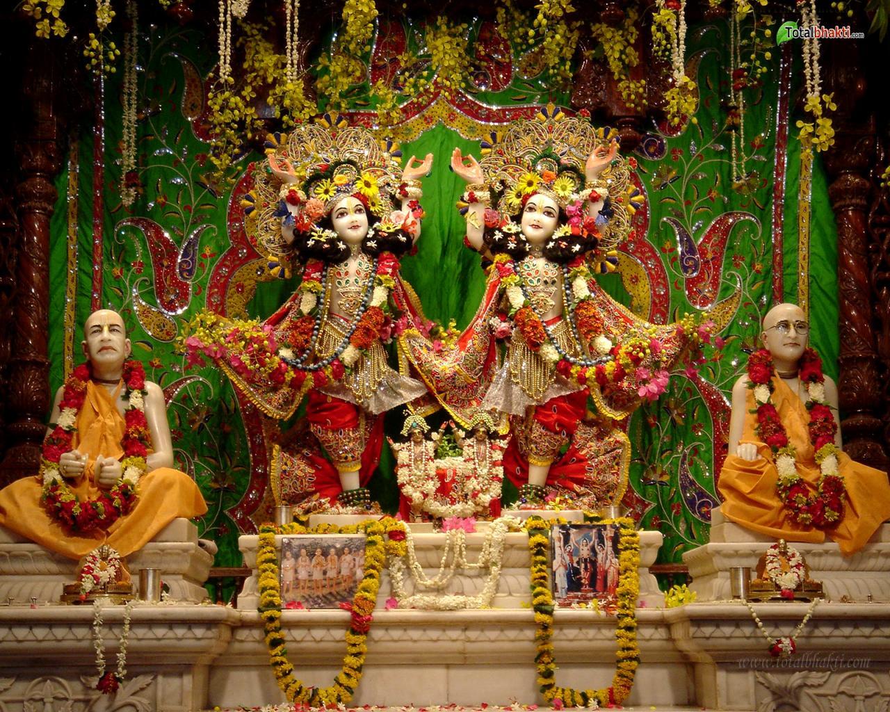 http://3.bp.blogspot.com/-g2Orwxwt2rY/UDX8Bmw7g3I/AAAAAAAACX8/0-Wo7Ttirh0/s1600/Lord-Krishna-wallpaper-855.jpg