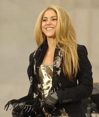 Download Song Shakira - Animal City.Mp3