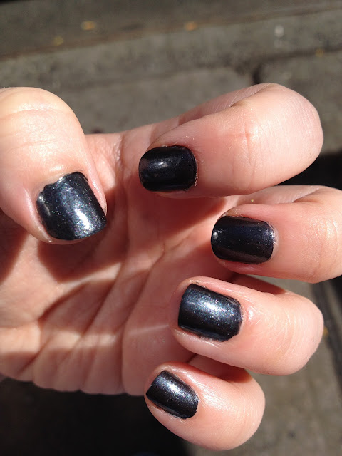 Nail of the Day: NYC Color Bowery Black