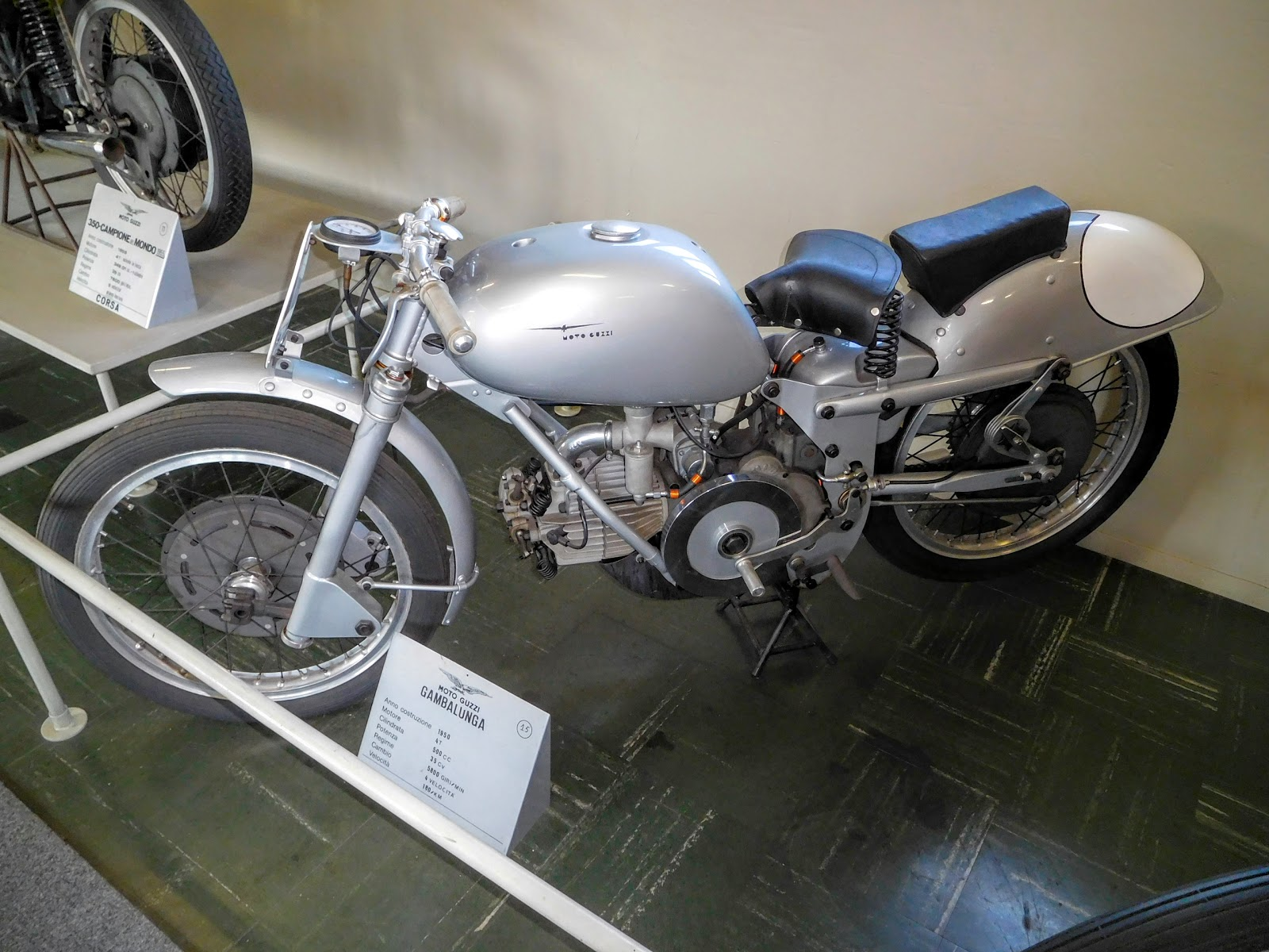 Tigho NYDucati: 1950 Moto Guzzi Gambalunga