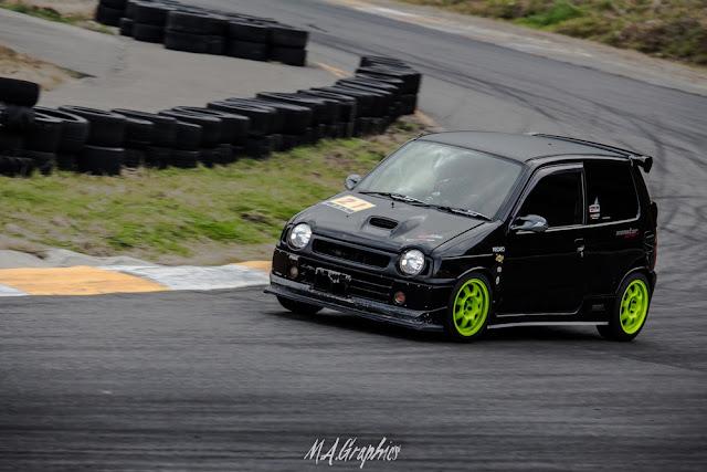 Suzuki Alto WORKS, małe sportowe samochody, trzy cylindry turbo, japońskie samochody, ciekawe auta do sportu, kei car