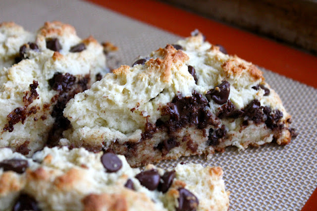 beurrista: skinny chocolate chip buttermilk scone