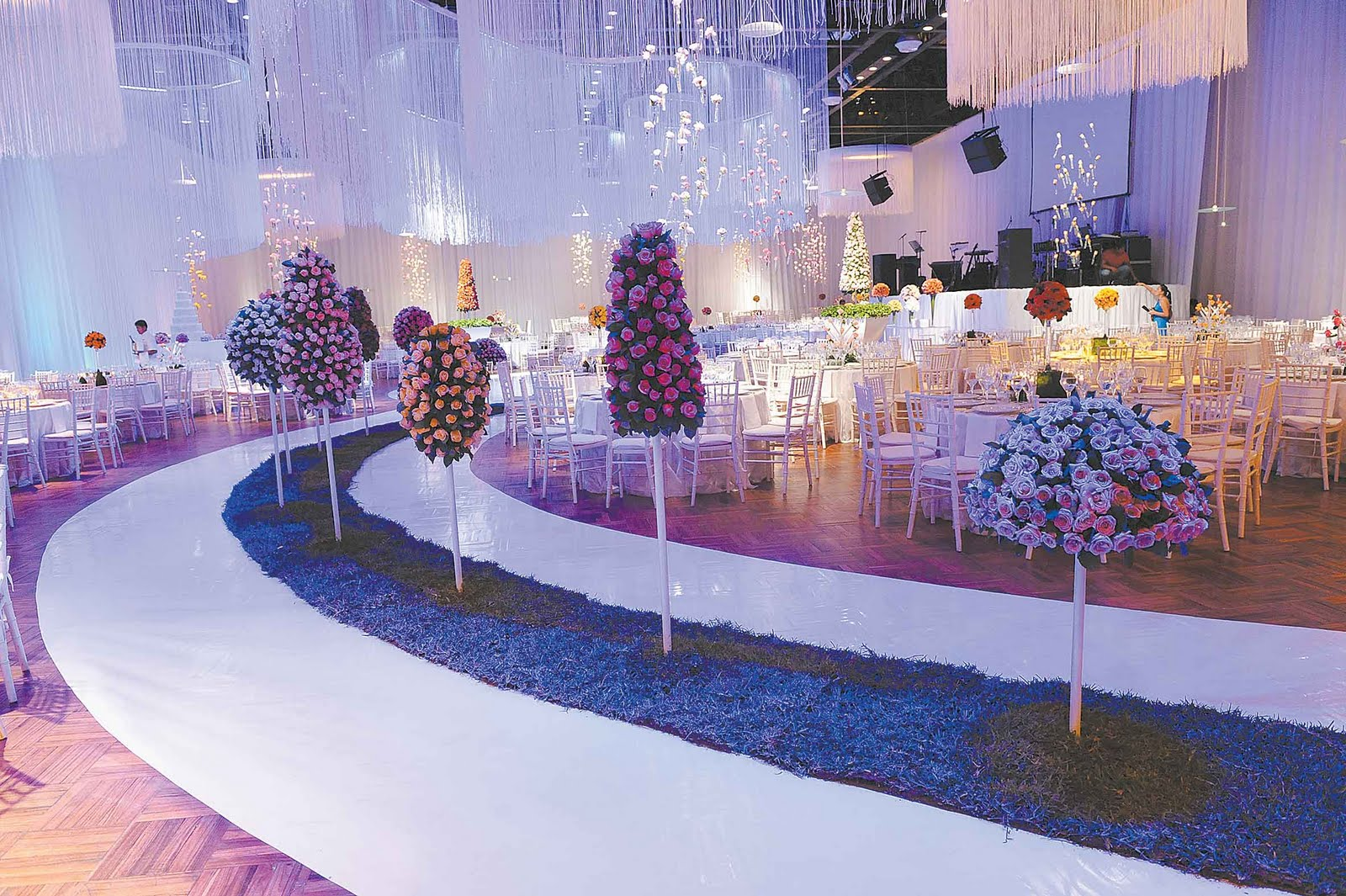 Decoraci n para eventos salones pasi n drama belleza for Decoracion navidena para eventos