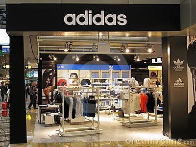 strategi pemasaran adidas Sebagai salah satu strategi pemasaran,  syarikat ini berada di kemuncak kejayaan dan menakluki pasaran global dengan pengaruh pemasaran yang kuat adidas bukan.