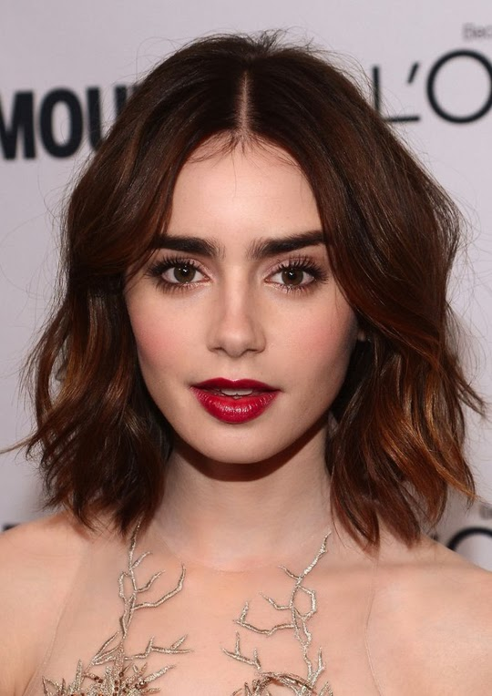 Lilly Collins peinado media melena