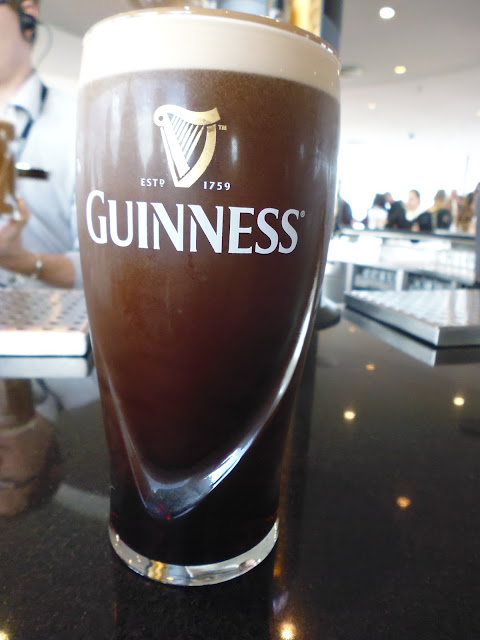 Una pinta de cerveza Guinness