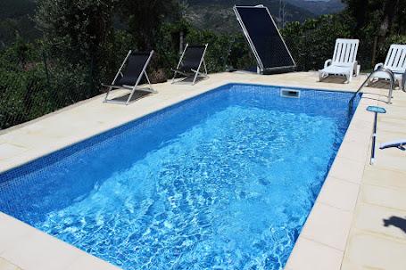 Casa Rústica com piscina para férias no Gerês T2 - Casa da Lage