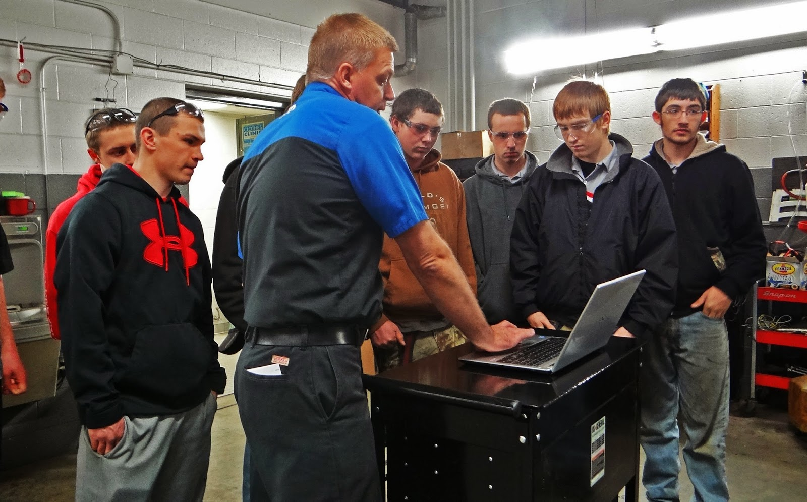 Twenty four students from plymouth high school in plymouth wi were given the opportunity to tour van horn chrysler dodge jeep ram and joe van horn chevy s