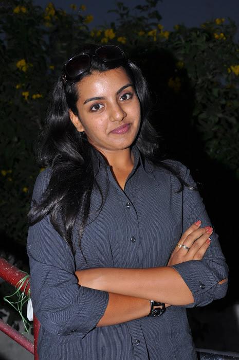 divya nagesh from , divya new glamour  images