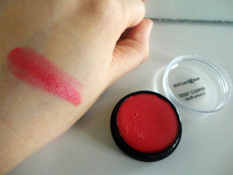 max factor miracle touch soft cardinal swatch
