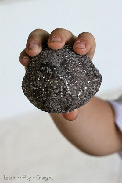 How to make MOON ROCKS - These look like so much fun!