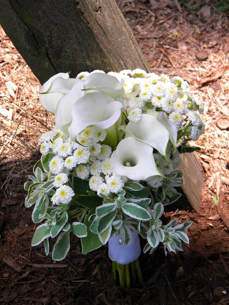 Wedding Flowers from Springwell: Summer Bouquet in White- Snow-on ...