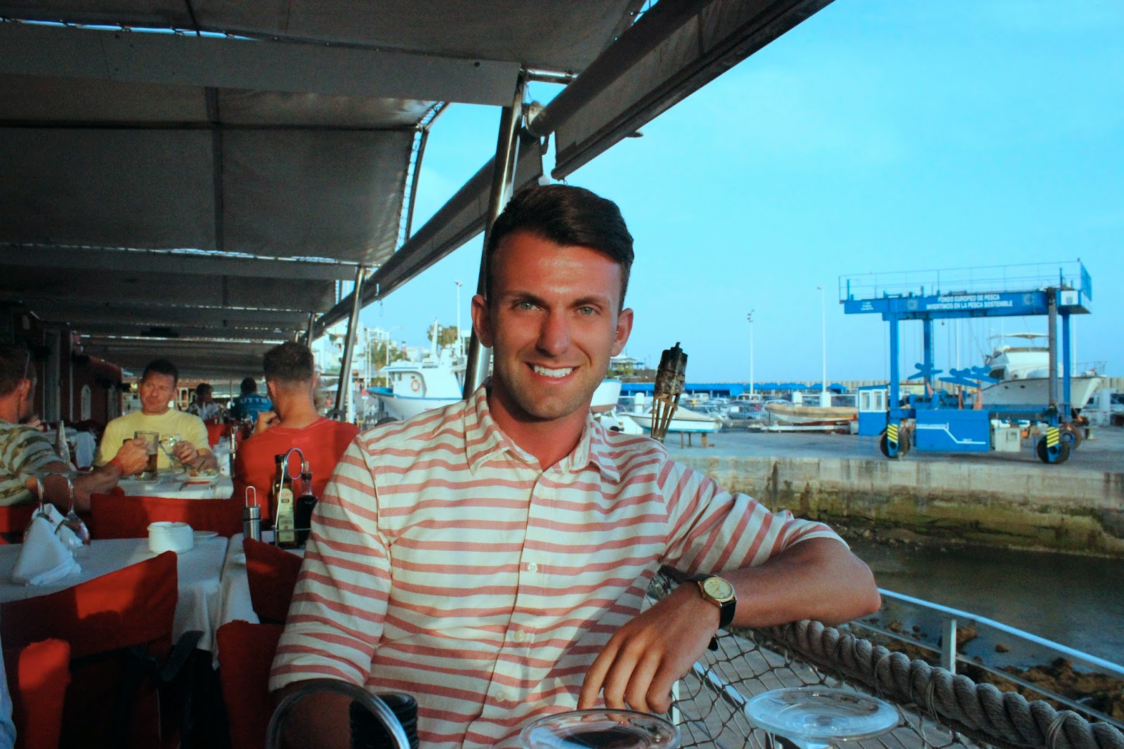 blog review, Blogger, canary island, Drinking, eating & drinking, evening dinner, family, Food, Food Review, Friends, holiday, ironman lanzarote, lanzarote, Male Blogger, spain, spanish food, fish, That Guy Luke, La Casa Roja