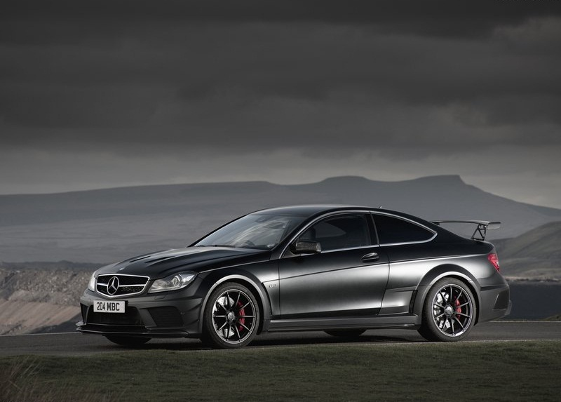 Sport car garage mercedes benz c63 amg coupe black series for Mercedes benz glowing star