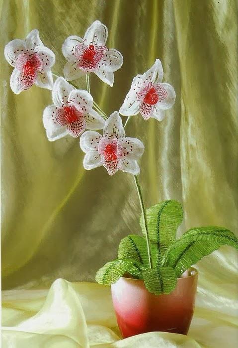 плетение цветка из бисера