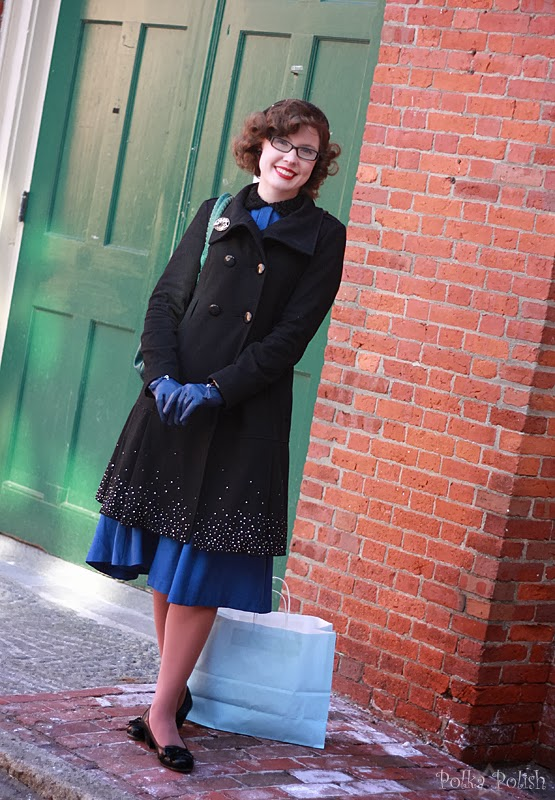 Sparkly coat and matching hat with a blue dress in Salem