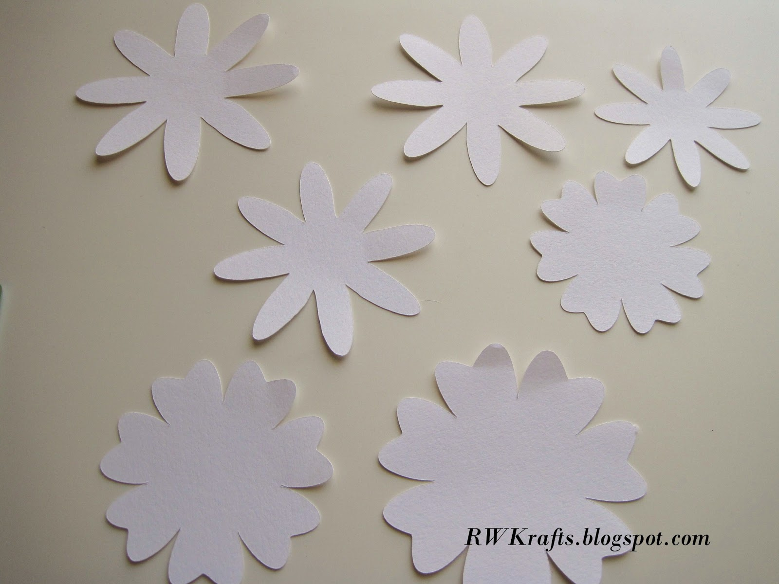 Rwkrafts How To Tuesday Make A Flower Pop Up Card