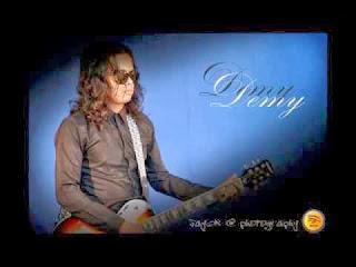 Lagu Banyuwangi Demy Full MP3