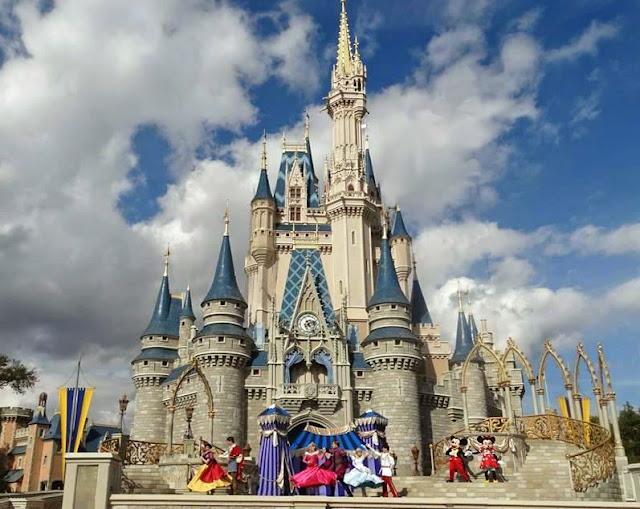 Cinderella Castle at Magic Kingdom, Florida