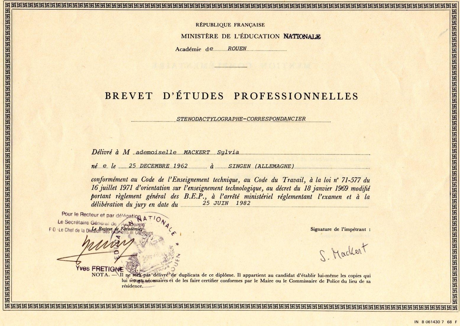 Blog d 39 expression mes dipl mes fran ais for Diplome de cuisine a imprimer