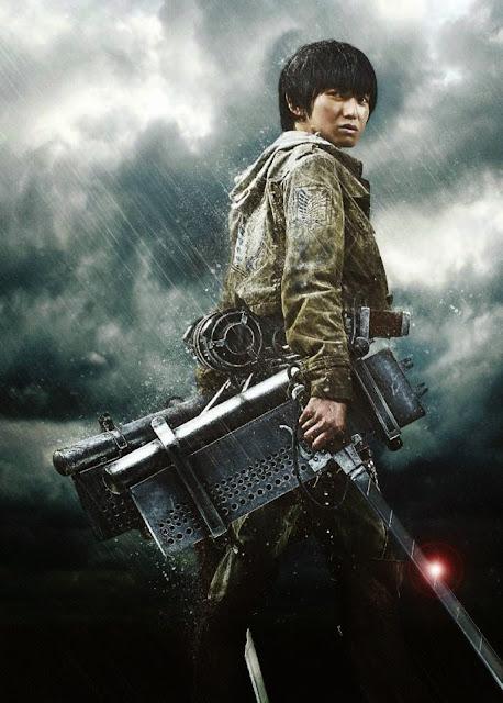 Plakat z filmu Attack on Titan na którym jest Kanata Hongo jako Armin Arelet