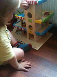 Janod Toy Garage
