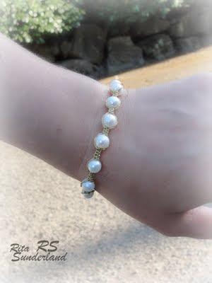 macrame pearl bracelet