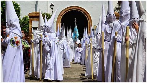 Nazarenos Hdad de la Paz - Sevilla